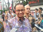 Anies Baswedan Minta Pedagang Hewan Kurban di Trotoar Ditertibkan