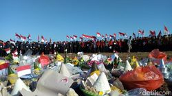 Tampil Beda, Mahasiswa Ponorogo Bikin 110 Tumpeng Rayakan HUT RI