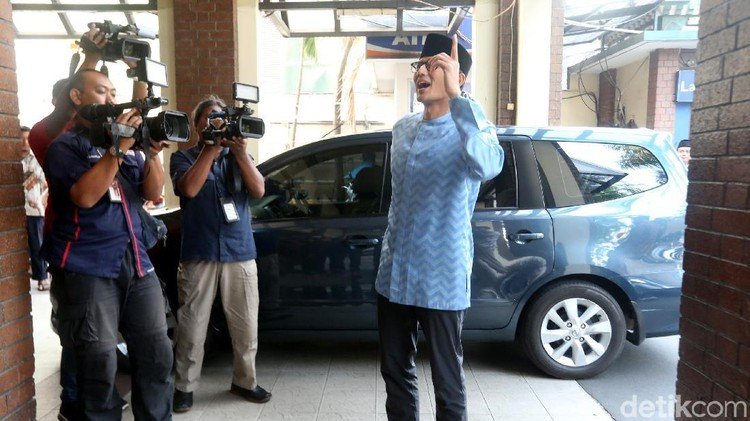 Sandiaga Mau Pamit dan Cium Tangan Jokowi saat Bertemu Nanti