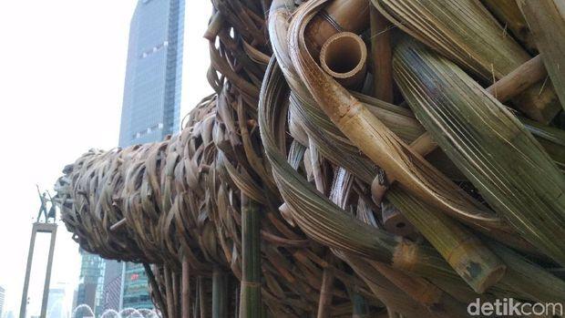 Kurator Sarankan Seni Bambu Proyek Anies Dipajang di GBK