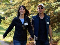 MacKenzie Bezos, istri bos Amazon