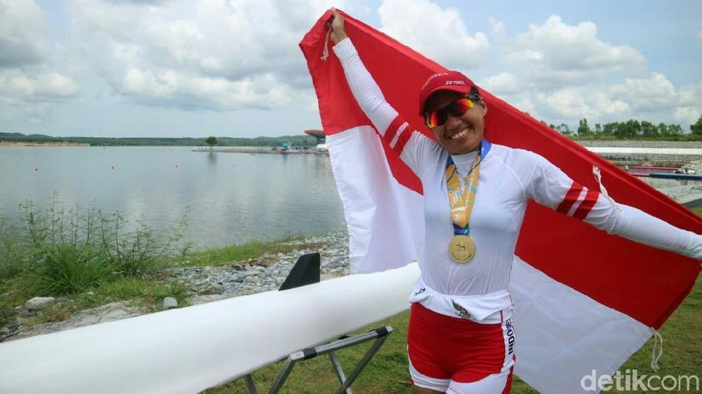 Penasaran Emas Asian Games, Wa Ode Fitri Tunda Punya Momongan