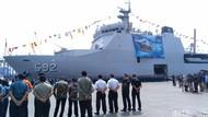 TNI AL Kirim 851 Ton Bantuan ke Lombok, Termasuk Satu Mobil Pintar