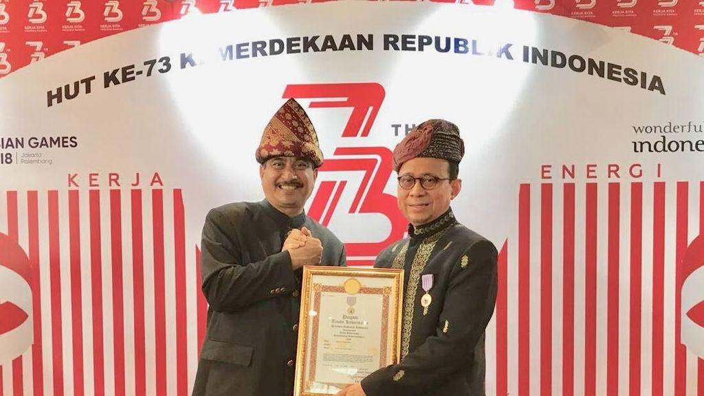Perintis Hotel Halal di Indonesia Dapat Bintang Jasa Pariwisata