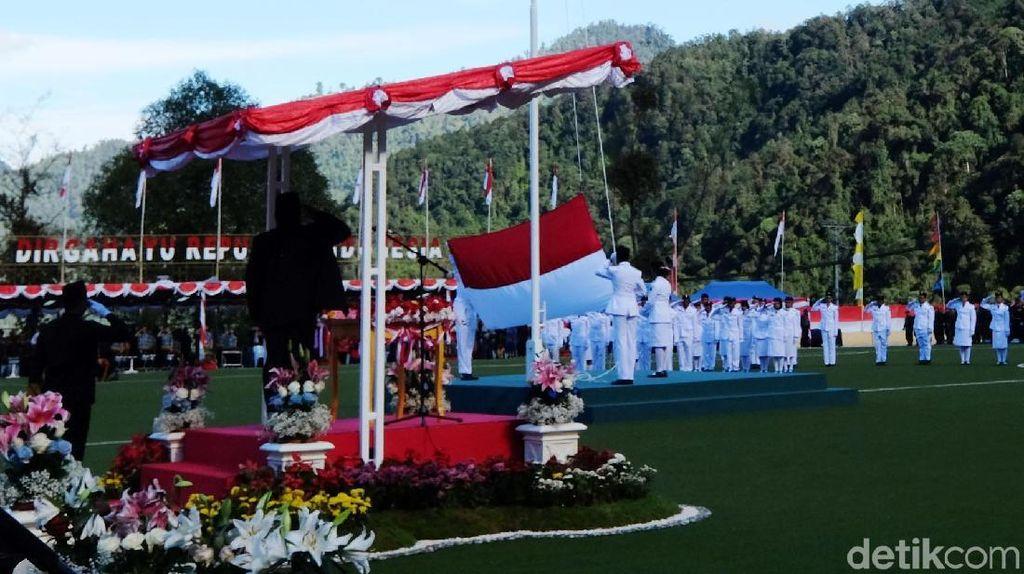 Merah Putih Bergelora di Markas Freeport Tembagapura