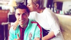 Perkenalkan, ini Katia Aveiro, kakak kandung Cristiano Ronaldo yang punya body goals berkat rutin berolahraga. Yuk intip apa saja olahraganya.