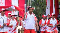 Ekspresi Jokowi Saat Api Obor Asian Games yang Dibawa Mati