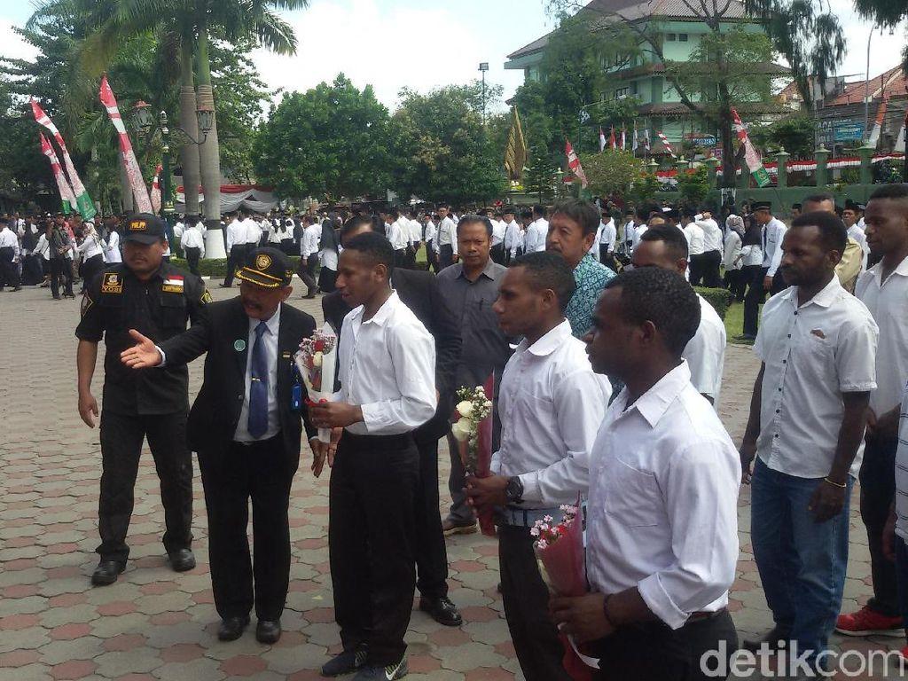 Mahasiswa Papua Mendadak Datangi Wali Kota Yogya Saat Upacara