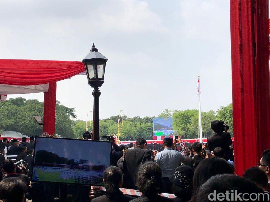 Tim Nusa Paskibraka Sukses Kibarkan Sang Saka Merah Putih di Istana Merdeka
