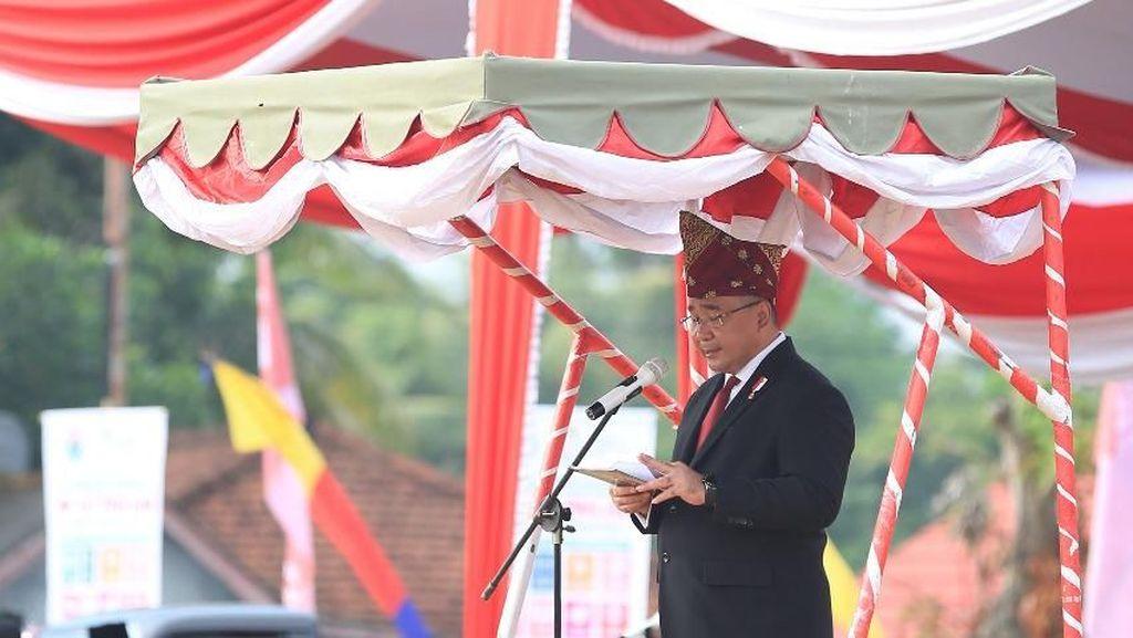 Kemendes Sematkan Penghargaan Satyalencana di Hari Kemerdekaan