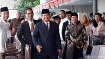 Prabowo, Sandi hingga Titiek Soeharto Hadiri Upacara di UBK