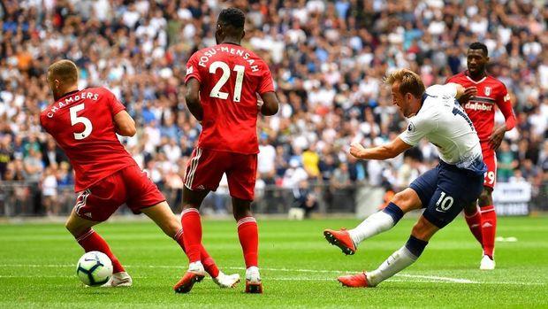 Harry Kane menggenapkan kemenangan Tottenham atas Fulham.