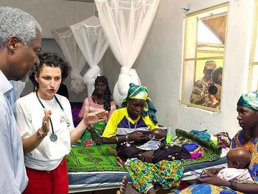 Kofi Annan saat mengunjungi Nigeria. (Foto: Instagram @kofiannan)