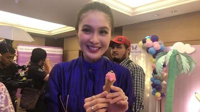 Sandra Dewi Tak Biasakan Anaknya Akrab dengan Gadget
