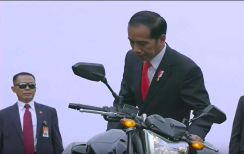 Jokowi Naik Moge Paspampres. Foto: Istimewa