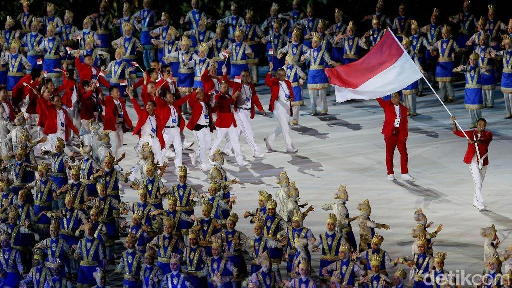 Momen Defile Kontingen Indonesia di Asian Games 2018