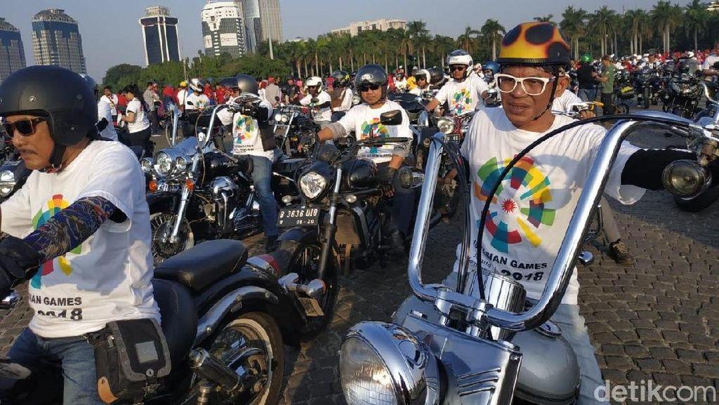 Ratusan Moge Kawal Obor Asian Games ke Gelora Bung Karno