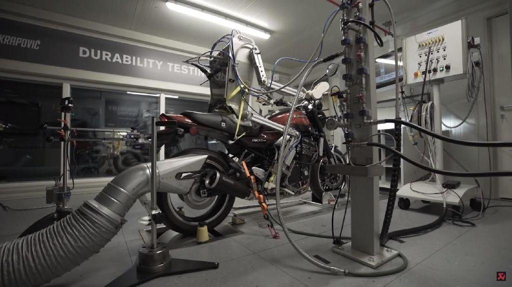 Robot Canggih Penguji Motor