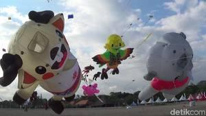 Keren! Di Bali Ada Layang-layang Jumbo Trio Maskot Asian Games 2018