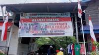 Pulau Sebatik adalah pulau terluar Indonesia yang juga dimiliki oleh dua negara, Indonesia dan Malaysia. Uniknya ada rumah dua muka atau terletak persis diperbatasan Indonesia Malaysia.