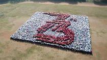 Formasi 3 Dimensi Mahasiswa Baru IPB Pecahkan Rekor Dunia