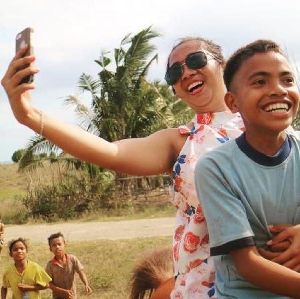Selfie di Motor Biasa, Nih Selfie Sambil Naik Kuda