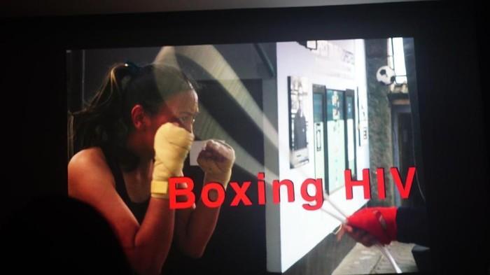 Kelas boxing di Rumah Cemara oleh Gina Afriani. Foto: Widiya Wiyanti/detikHealth