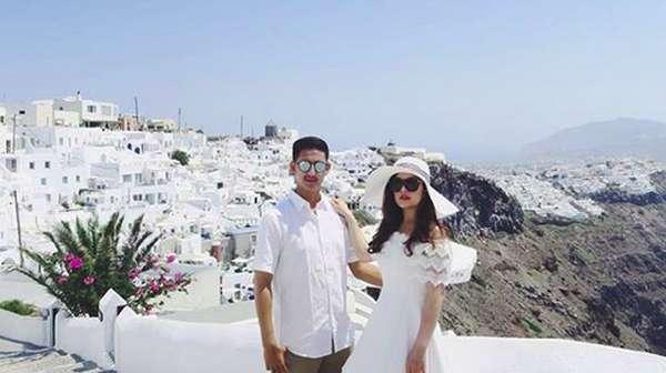 Tasya Kamila & Suami Mesra di Santorini