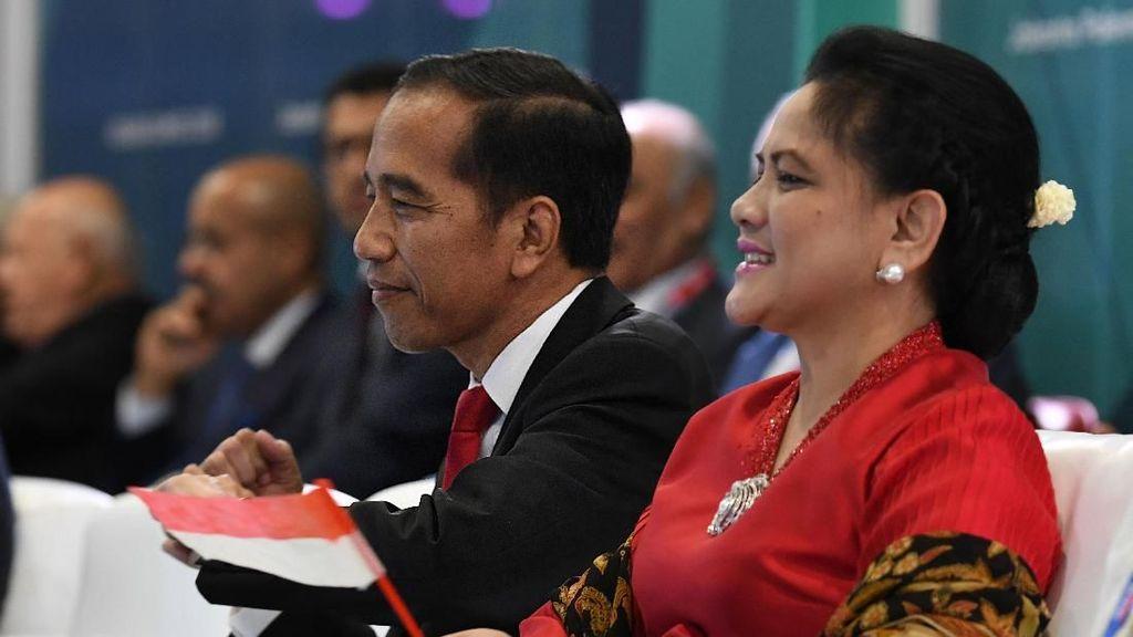 Terpesona Goyang Dayung Jokowi? Kamu Bisa Menirunya Kalau Mau Kurus
