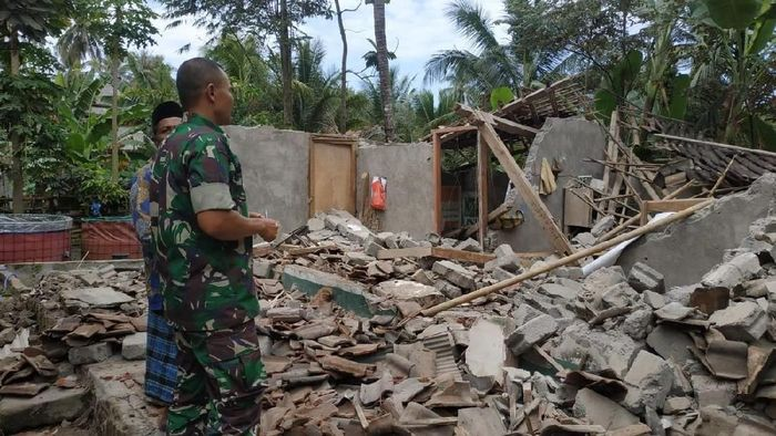 Foto: Dampak gempa 6,5 SR di Lombok (dok. BNPB)