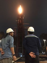 Tim dari PT Perusahaan Gas Negara Tbk saat menguji coba penyalaan kauldron Bilah Nusantara beberapa waktu lalu. PGN turut berkontribusi dalam penyalaan kauldron di dalam dan luar area GBK dengan menyalurkan gas bumi dalam bentuk CNG sepanjang pelaksanaan Asian Games hingga 2 September mendatang.