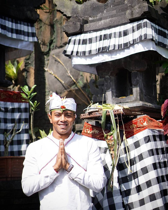 I Gede Sudartawa atau Siman Sudatawa merupakan atlet renang asal Indonesia, yang berhasil memenangkan 4 mendali emas dalam ajang SEA Games 2011. Ia juga memecahkan rekor sebagai perenang tercepat di SEA Games. Foto: Instagram @siman_sudartawa