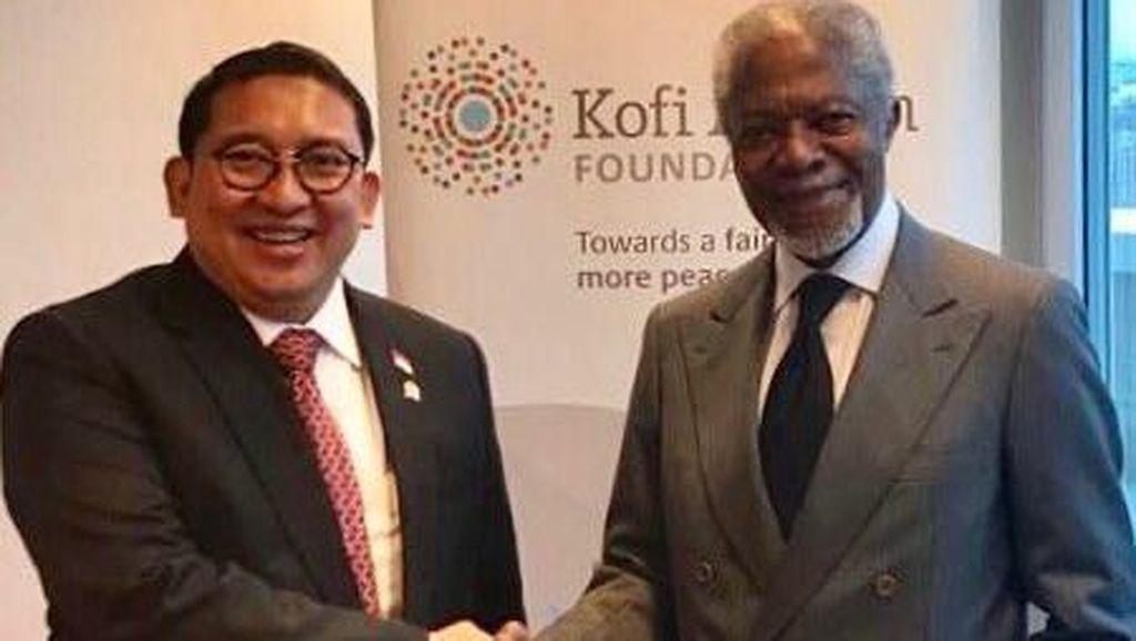 Ucapkan Belasungkawa, Fadli Zon Unggah Foto Bersama Kofi Annan