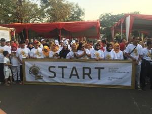 Tutut Soeharto Buka Jalan Sehat 50 Tahun Yayasan Harapan Kita di TMII