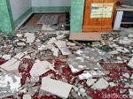 2 Masjid di Pulau Sumbawa Rusak Akibat Gempa 6,5 SR di Lombok