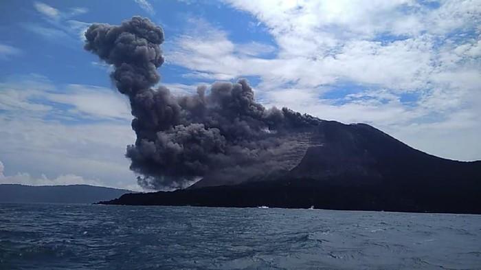 letusan Gunung Anak Krakatau