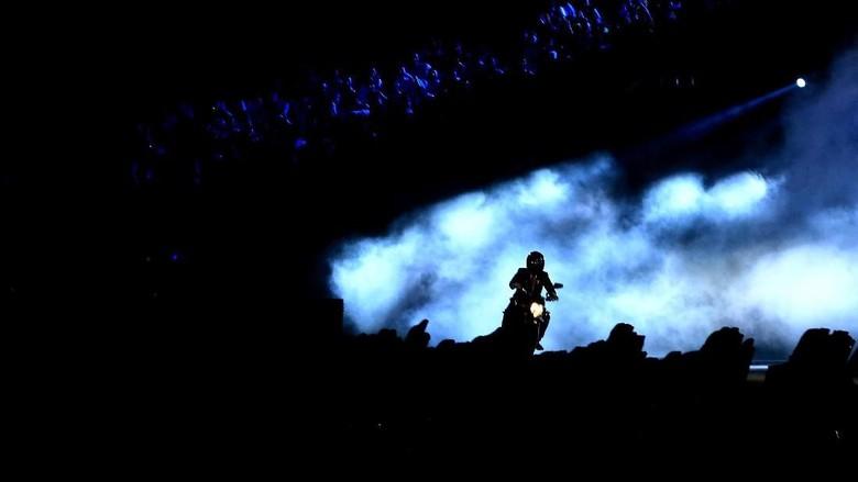 Potret Aksi Stuntman Jokowi dan Video di Opening Asian Games