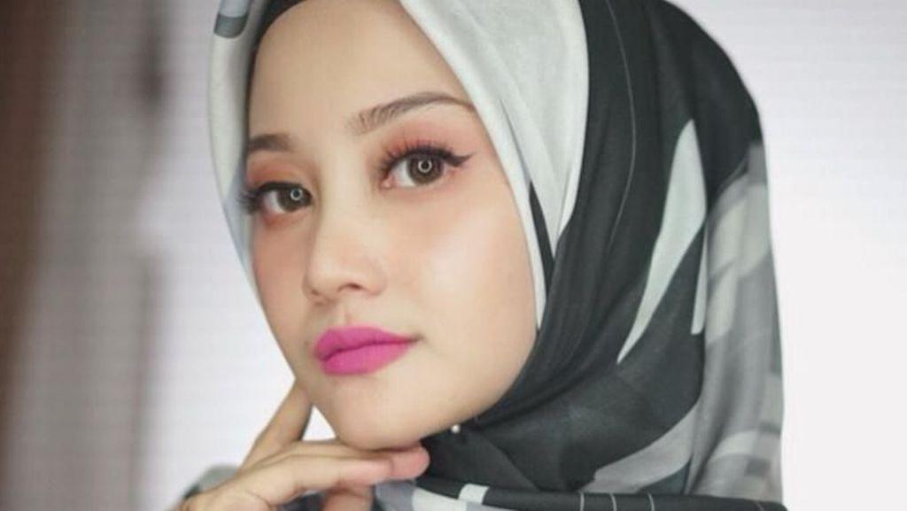 Tips Hijab Anti Letoy Tegak Paripurna ala Youtuber Lindakayhz