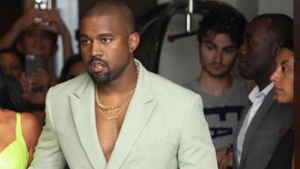 Kanye West Sebut Drake Ancam Dirinya dan Keluarga