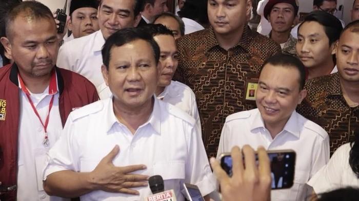 Prabowo Subianto bersama Dasco (Foto: Dok. FB)
