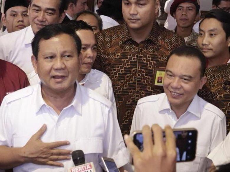 Elite Gerindra Pamer Surat Pengesahan Perkumpulan 2019PrabowoSandi
