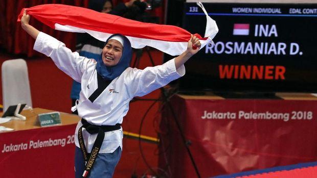 Defia Rosmaniar jadi peraih emas pertama kontingen Indonesia di Asian Games 2018.