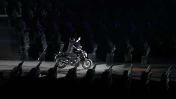 Kocaknya Meme Aksi Moge dan Joget Dayung Presiden Jokowi