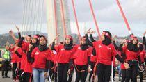 Aksi Flash Mob Merah Putih Jelang Festival Teluk Ambon