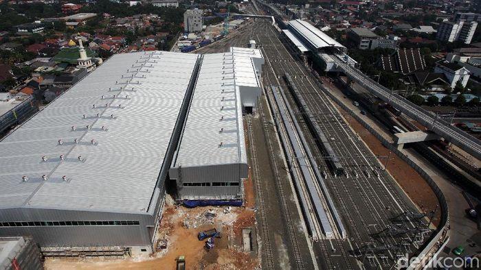 MRT Jakarta segera beroperasi dalam hitungan waktu 192 hari ke depan. Intip penampakan depo MRT pertama di Indonesia ini!