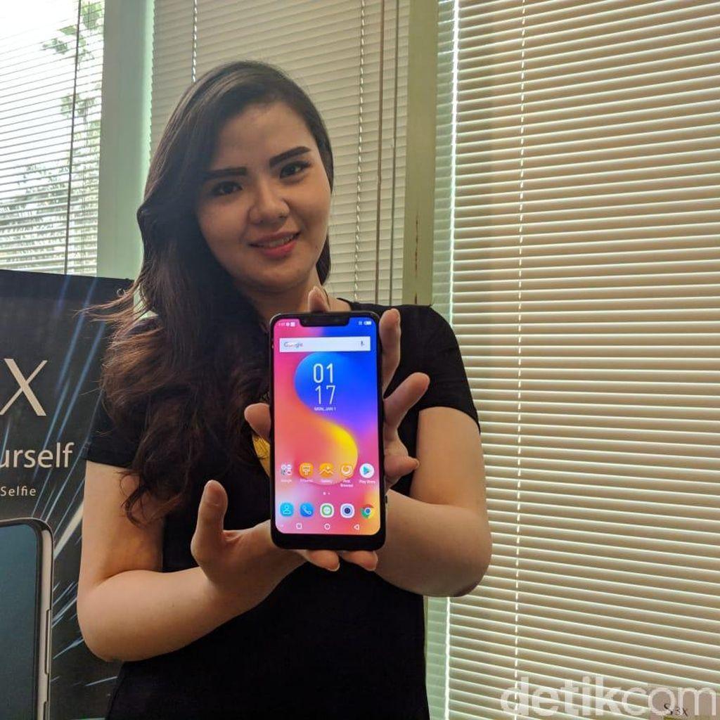 Penampakan Infinix Hot S3X yang Mirip iPhone X