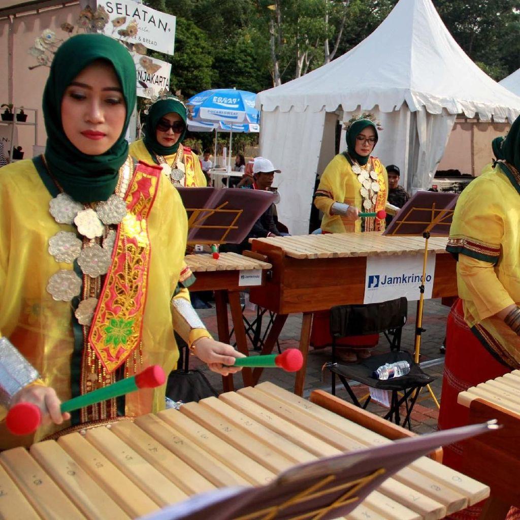 Alat Musik Tradisional Kolintang Sambut Asian Games 2018