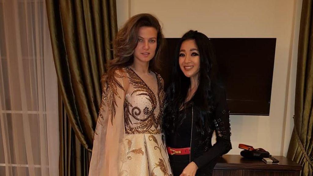 Diana Putri, Desainer Surabaya Perancang Gaun Putri Kerajaan Georgia