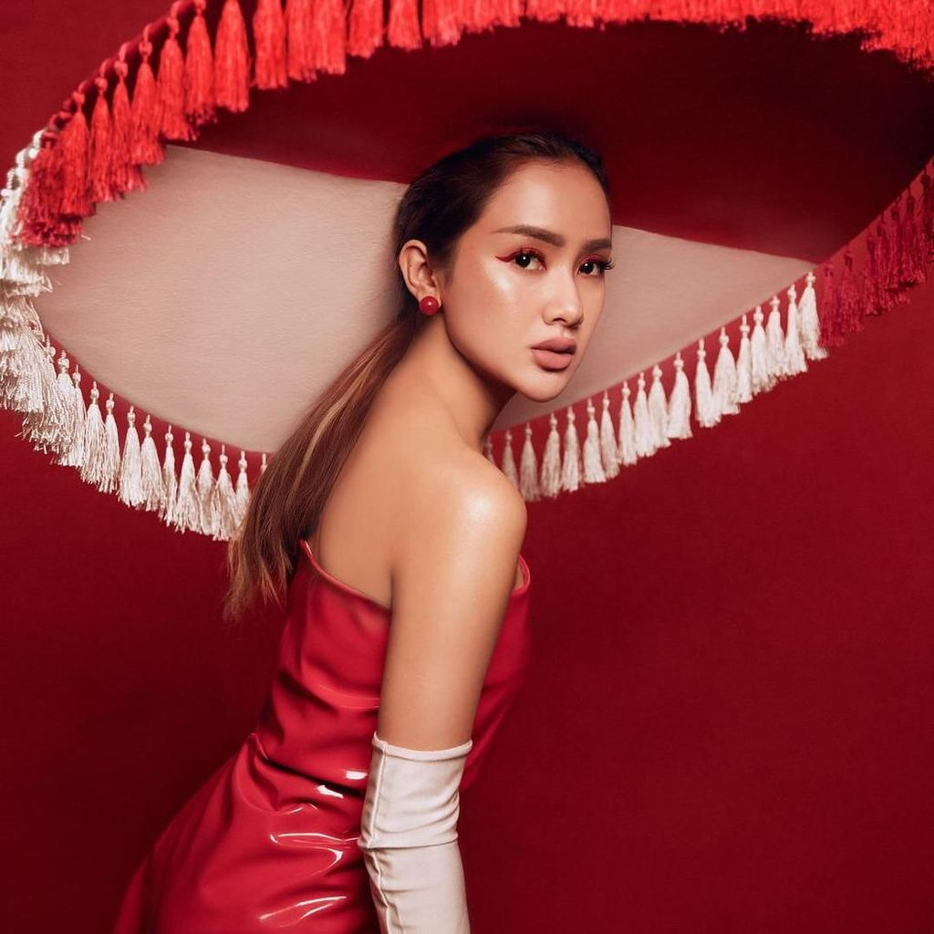 Bibir Cita Citata Dinyinyirin Netizen