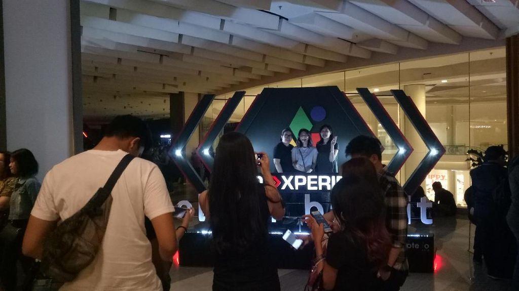Penonton Konser Clean Bandit Penuhi Venue Konser di Jakarta